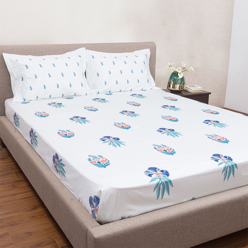 Brindavan White 100 Cotton King Size Bed Sheet With 2 Pillow